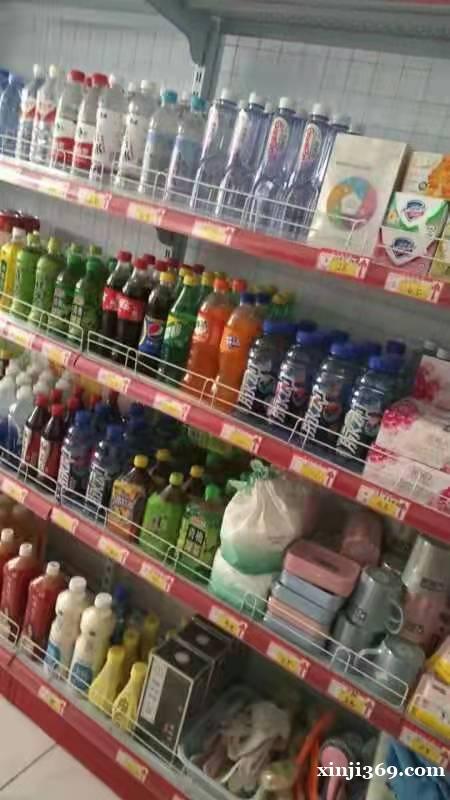 朝阳南路超市转出,特价出货架,菜架,烤肠机收银台等